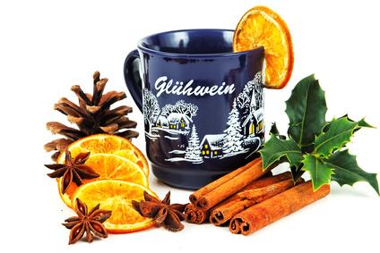 http://www.thegermankitchen.com/wp-content/uploads/2010/11/Gluehwein-Rezepte.jpg